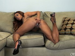 Tori Taylor finds herself on the solo couch and baring her hyacinthine bod