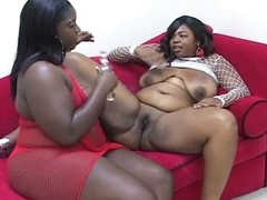 Yoke lesbo bbw loves pumping some nice hard toy dildo