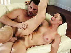 Jiz Lee gets the mouth fuck of her dreams with horny guy Manuel Ferrara